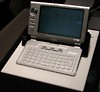 Samsung zeigt WindowsCE-PDA Nexio auf der CeBIT 2004