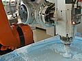 Roboter bauen Gussformen für Maschinenteile