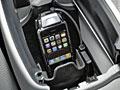 Eigener iPhone-3G-Sitz im Mercedes