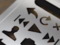 Stahl-Zeichenschablone für iPhone-Interfacedesigns