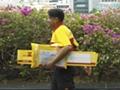 Der Bürger wird zum Paketboten
