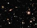 Hubble schaut in die Geschichte des Universums