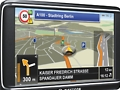 Navigon 70 Plus und 70 Premium: Navigationsgeräte mit Annäherungssensor sind da