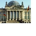 Erstkontakt: Am 23. Februar 2011 spielt der Deutsche Bundestag
