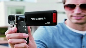 Toshiba: Einfachcamcorder mit voller HD-Auflösung