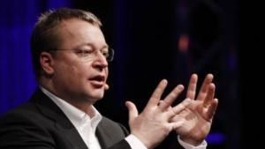 Elop bei der Erklärung von Nokias Windows-Phone-7-Strategie in Barcelona