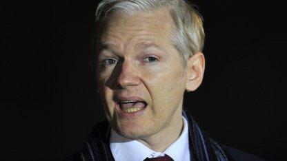 """Assange: """"Facebook ist eine fürchterliche Bespitzelungsmaschine"""""""