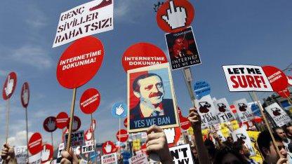 Proteste gegen Zensur in Istanbul