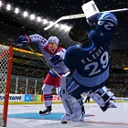 EA Sports: In NHL 12 fliegen die Helme