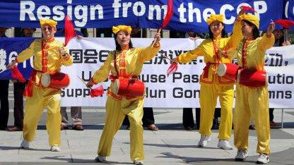 Falun-Gong-Mitglieder demonstrieren in Washington