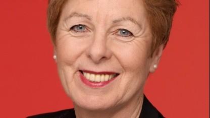 Ministerin Angelica Schwall-Düren setzt sich für den Medienpass ein.
