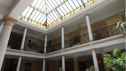 Bildeffekt stürzende Linien - Hotel Aguere, La Laguna, Teneriffa
