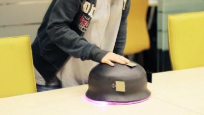 Lovotics - Menschen und Roboter entwickeln Gefühle füreinander
