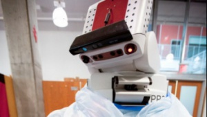 Der Roboter PR2 backt Schokokekse.