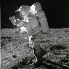 Kamera-Versteigerung: Nasa verklagt Apollo-14-Astronauten