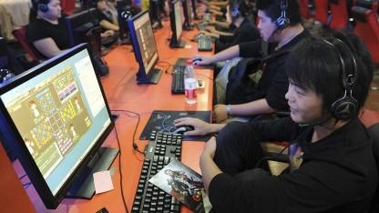 Nutzer in einem Internetcafé in China