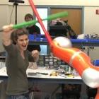 Jedibot: Roboter kämpft mit dem Schwert