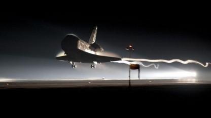Atlantis setzt auf: letzte Landung eines Spaceshuttles