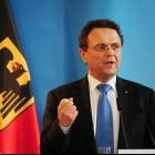 Flashmob-Partys: Innenminister Friedrich rügt Facebook