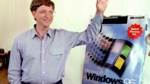 Bill Gates bei der Markteinführung von Windows 95 im August 1995