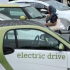 Elektromobilität: Elektroautos sind den Deutschen noch zu teuer
