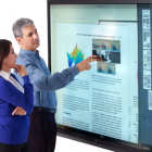 82 Zoll: Großdisplay mit Multitouch-Funktion