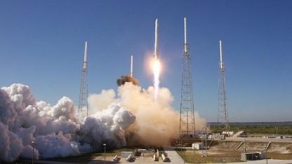 Auf zur ISS: Start einer Falcon-9-Rakete