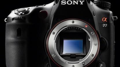 Sony A77V soll semiprofessionelle Anforderungen erfüllen.
