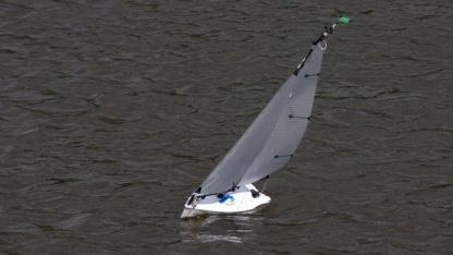 Autonom auf der Wakenitz: Segelroboter der Micro-Magic-Klasse