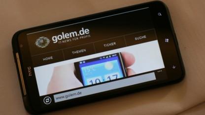 Titan mit 4,7-Zoll-Touchscreen