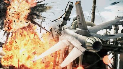 Ace Combat: Assault Horizon lässt den Himmel brennen.