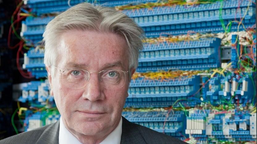 Erklärt, wie ein Computer funktioniert: Horst Zuse
