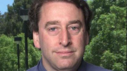 Bruce Perens schlägt eine neue Art von Contributor License Agreements vor.