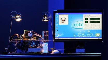 Das Demosystem wird mit einer Solarzelle betrieben.