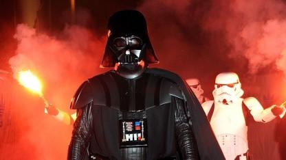 Als Darth-Vader-Verkleideter