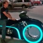 Electric Lightcycle: Tron-Motorrad nun mit Elektroantrieb