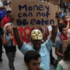Occupy Wall Street: Anonymous nennt private Daten des Pfefferspray-Cops