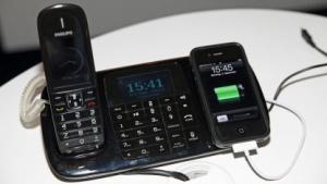 Philips Thinklink SE8881 lädt auch ein iPhone 4.