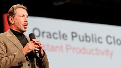 Larry Ellison kündigt die Oracle Public Cloud an.
