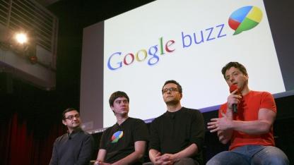 Google-Führung stellte am 9. Februar 2010 Google Buzz vor.