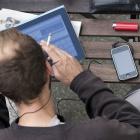TK-Marktstudie 2011: Datenvolumen der Mobilfunknutzer fast verdoppelt
