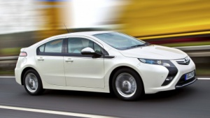 Opel Ampera - einer der Elektro-Wettbewerber auf dem deutschen Automarkt