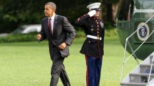 US-Präsident Barack Obama verlässt den Marine-One-Hubschrauber.