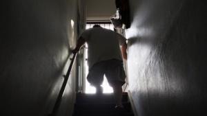 Unter PTSD leidender US-Veteran: beruhigende Bilder in 3D