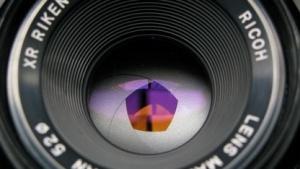 Lichteffiziente Fotografie sorgt für große Schärfentiefe mit mehreren Fotos.