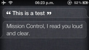 Gehackt: Das iPhone 4 kann sich mit dem Siri-Sprachserver verbinden.