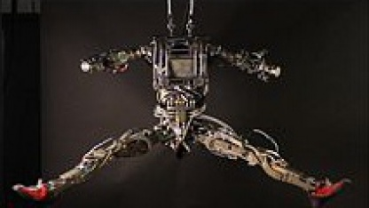 Kopflos, aber beweglich: humanoider Roboter Petman
