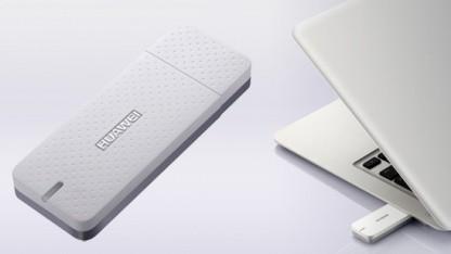 Flacher UMTS-Stick Huawei E369 am Macbook Air