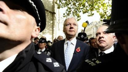 Julian Assange nach der Verhandlung vor dem High Court in London