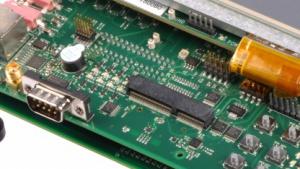 Texas Instruments bietet eine energiesparende Mikroprozessorfamilie auf Basis des Cortex-A8 an.